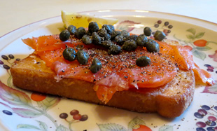 Eggy Bread Topped With Smoked Salmon Capers